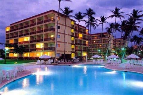 Sandy Beach Resort Đà Nẵng mang đến một kỳ nghỉ ngọt ngào, khó quên