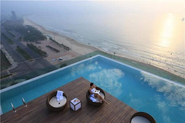 Image result for khách sạn 4 sao đà nẵng