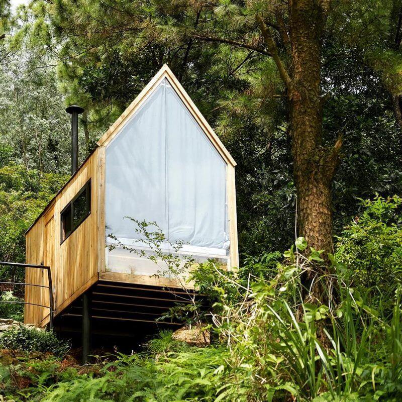 Nhà rừng U lesa.jpg